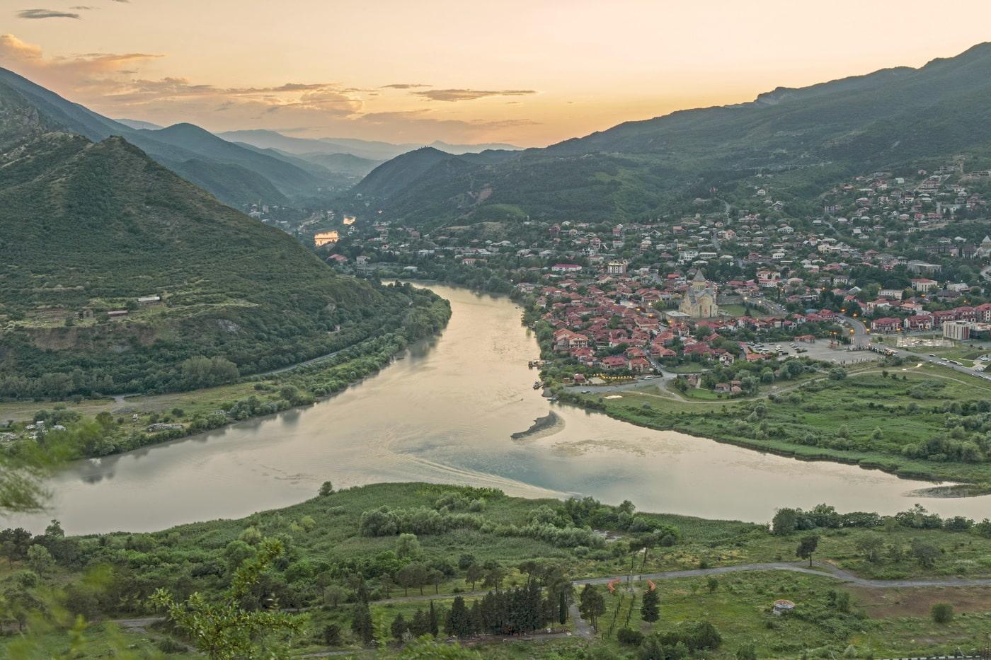 Слияние рек Арагви и Куры
