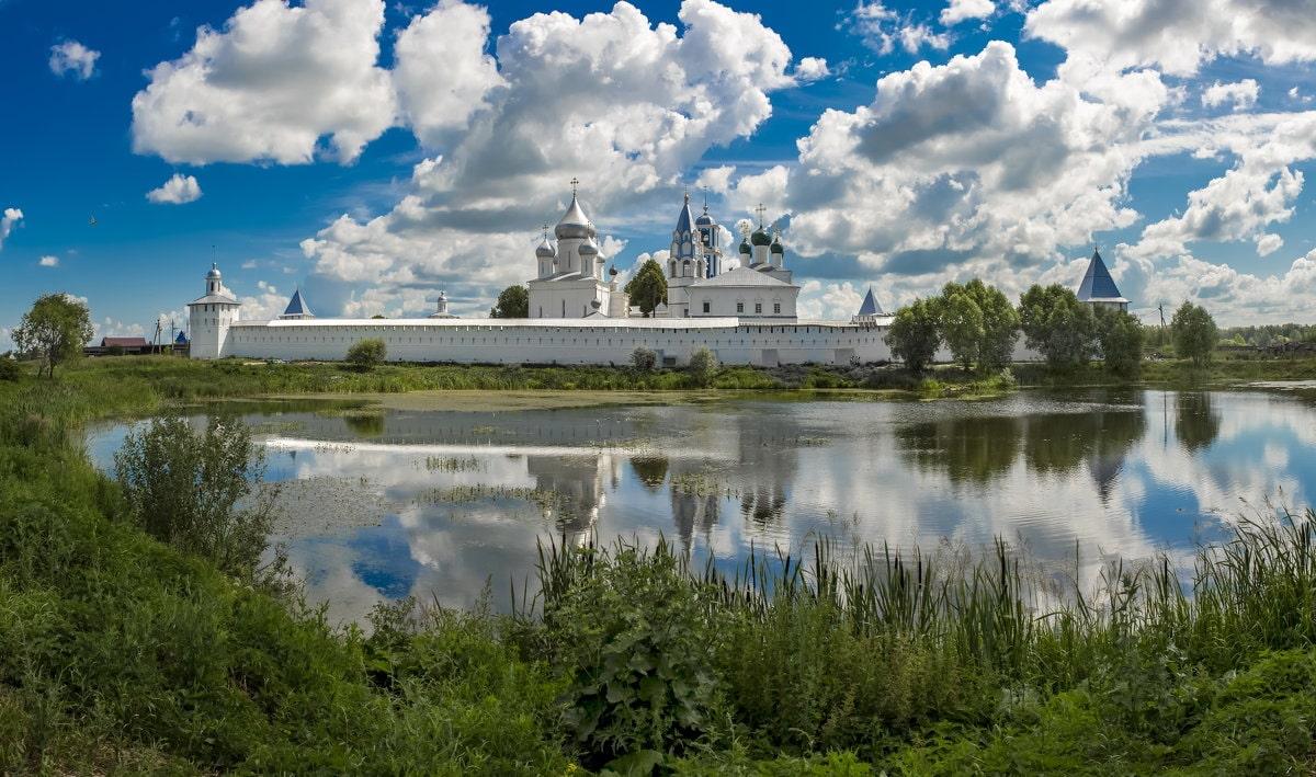 Никитинский монастырь