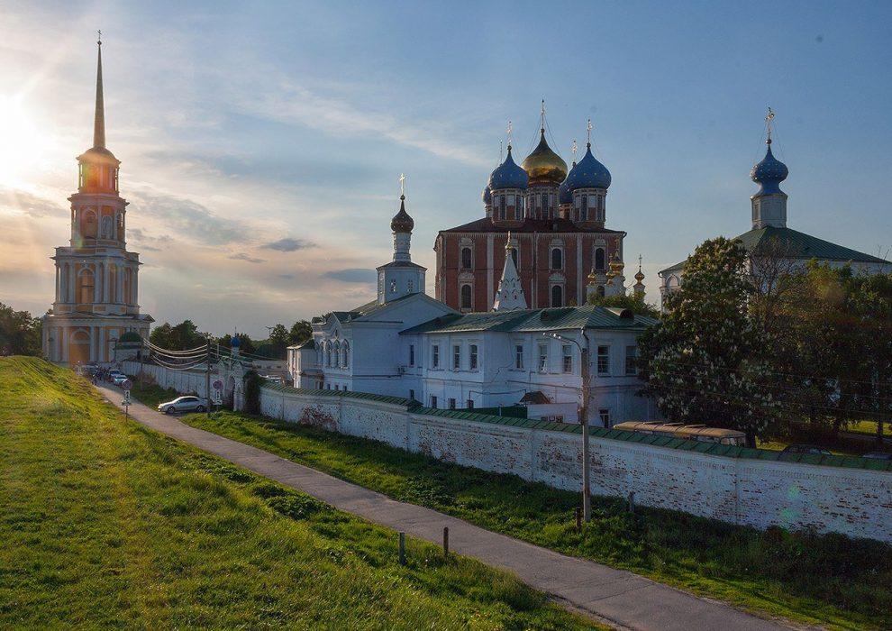 рязанский кремль-min