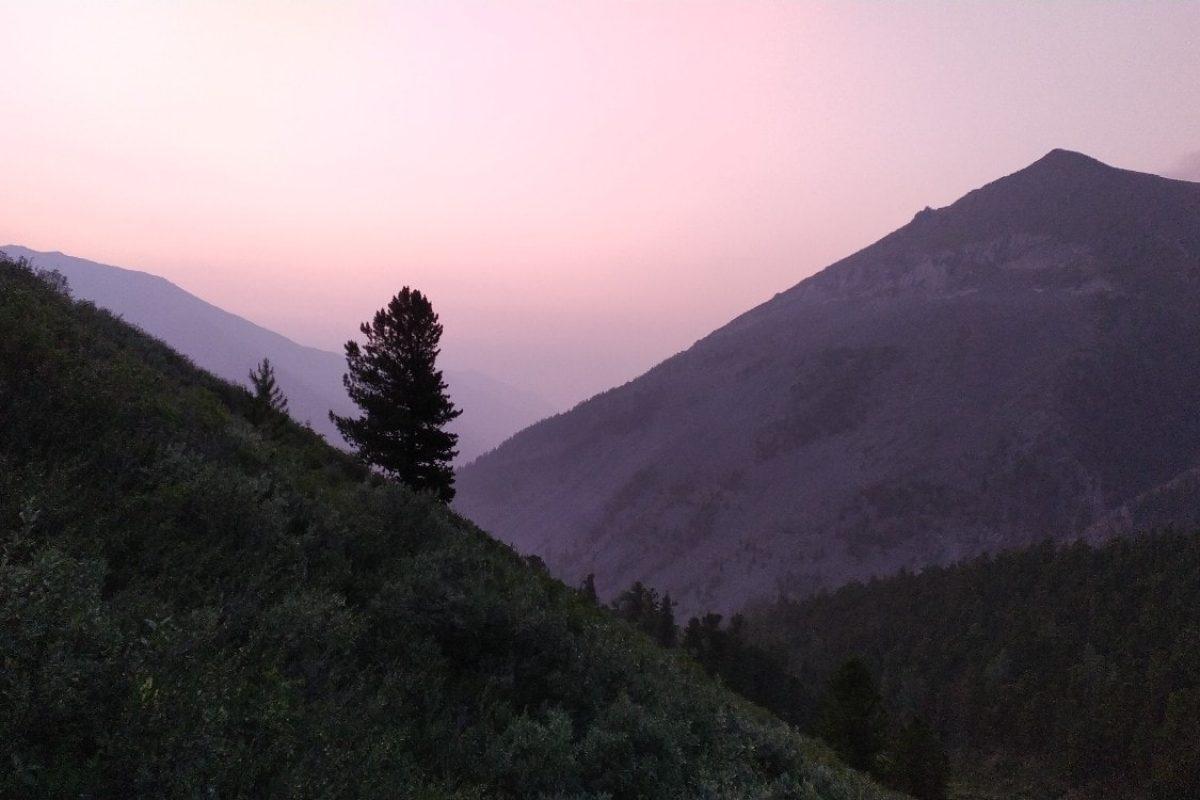 Алтай закат в горах