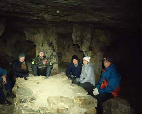 в пещере ледяная
